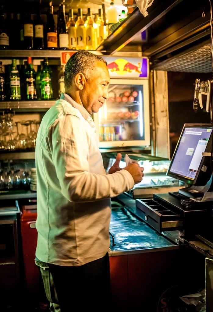 Barman portugais